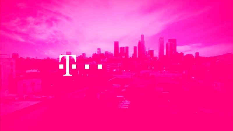 Pantones exclusivos de marcas T-Mobile Magenta