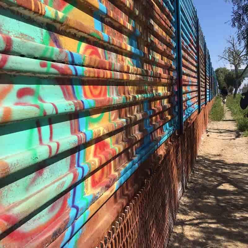 Enrique Chiu: Mural de la Hermandad