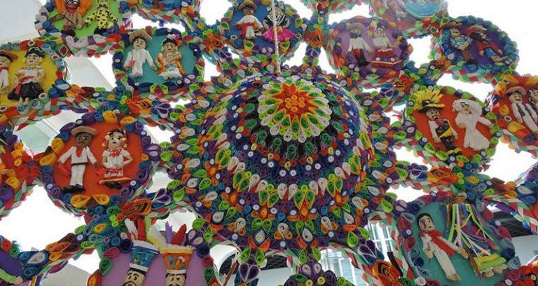Piñatas mexicanas