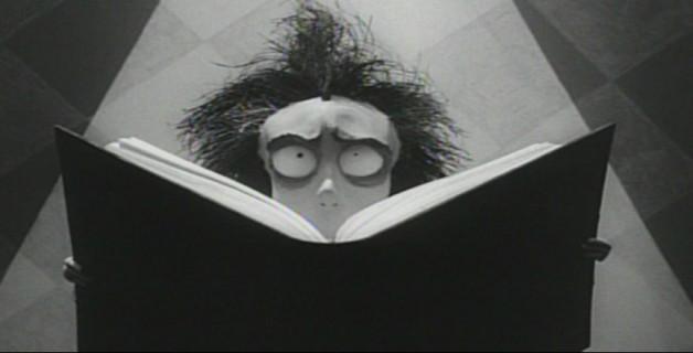 Vincent es el título del primer cortometraje del aclamado director Tim Burton. Fue filmado en 1982, momento en el que Burton trabajaba para Disney y muestra el icónico estilo gótico y sombrío que caracteriza al director y que años más tarde haría universalmente conocido.