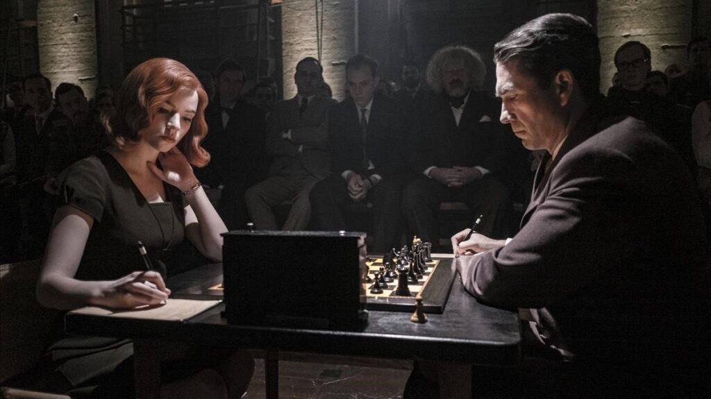 Desde su estreno el pasado 23 de octubre Gambito de Dama comenzó a resonar en la plataforma de streaming Netflix. Tanto ha sido el éxito que ha sido declarada como el mejor estreno de una miniserie en la historia de la plataforma.